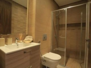 Bel appartement moderne Sur BD ghandi de 100m2